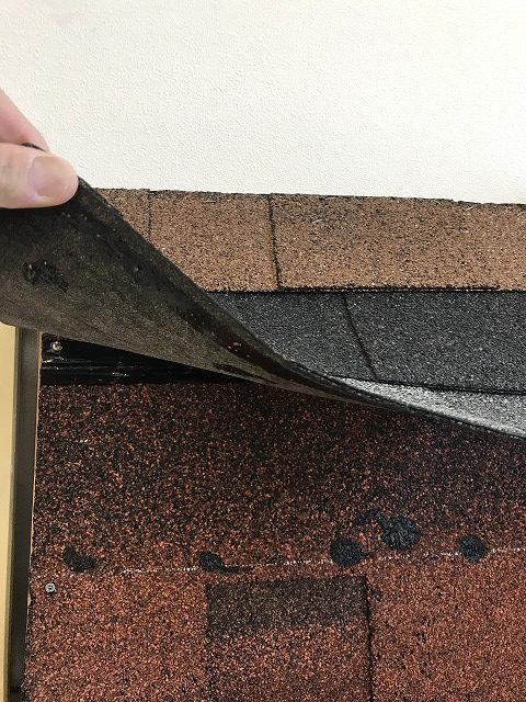 アスファルトシングル屋根カバー工法