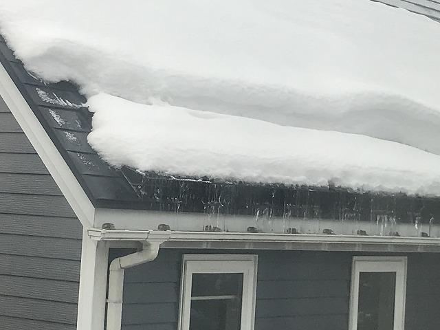 冬期間屋根の雪止め雨樋